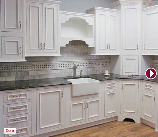 Kitchens Inset Cabinery Photo