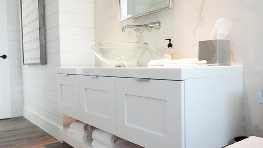 White Bathroom Cabinets – Walnut Creek