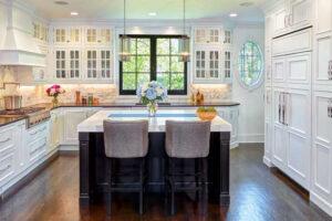 benefits-kitchen-island-starmark-cabinetry