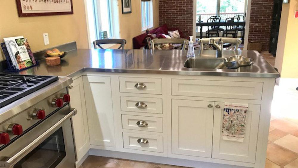 moraga-Kitchen-remodel-starmark-cabinets-inset-painted