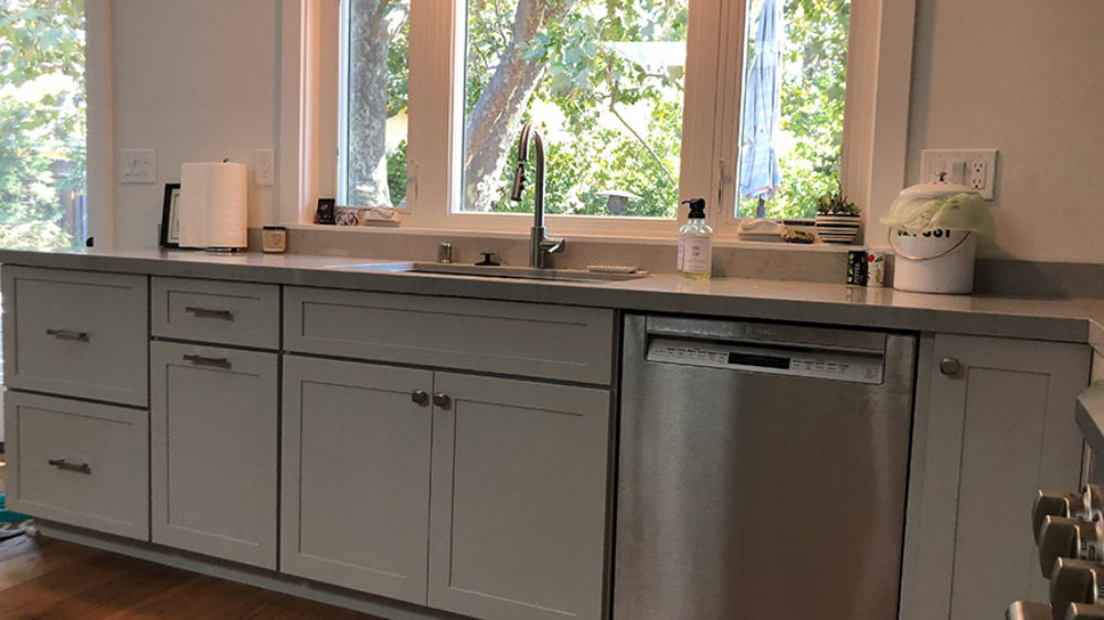 Transitional-kitchen-remodel-Orinda-shiloh-cabinetry-low-res