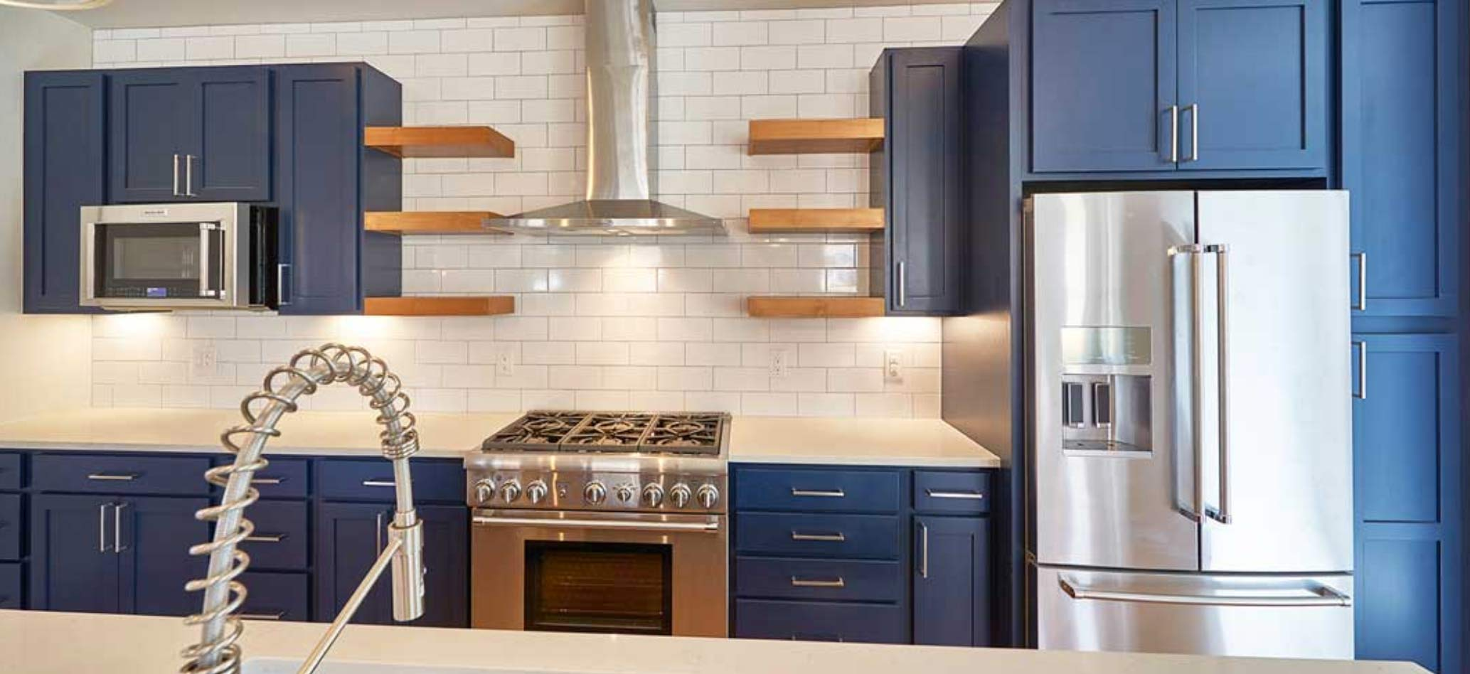 buy-blue-cabinets-by-starmark-cabinetry